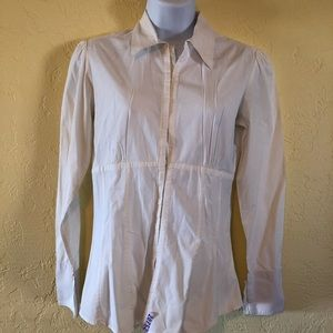 Manuel white button down with hook-eye closing